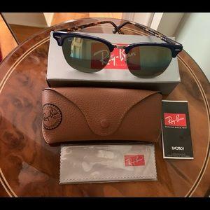 Ray-Ban Clubmaster 1223C4 sunglasses